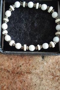 Hand Made White Bead & Silver Bracelet